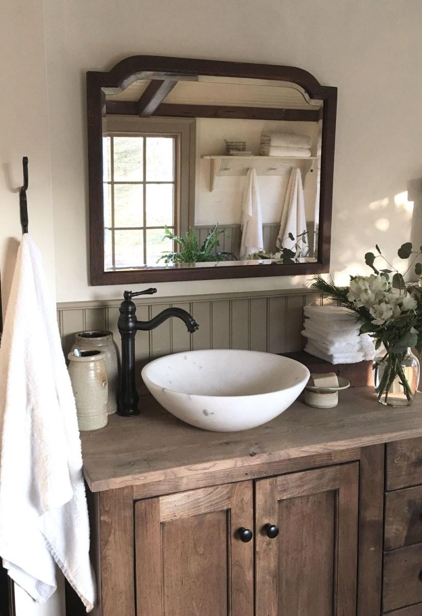 Perfect Rustic Farmhouse Bathroom Design Ideas 09