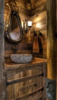 Perfect Rustic Farmhouse Bathroom Design Ideas 10