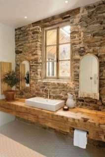 Perfect Rustic Farmhouse Bathroom Design Ideas 50