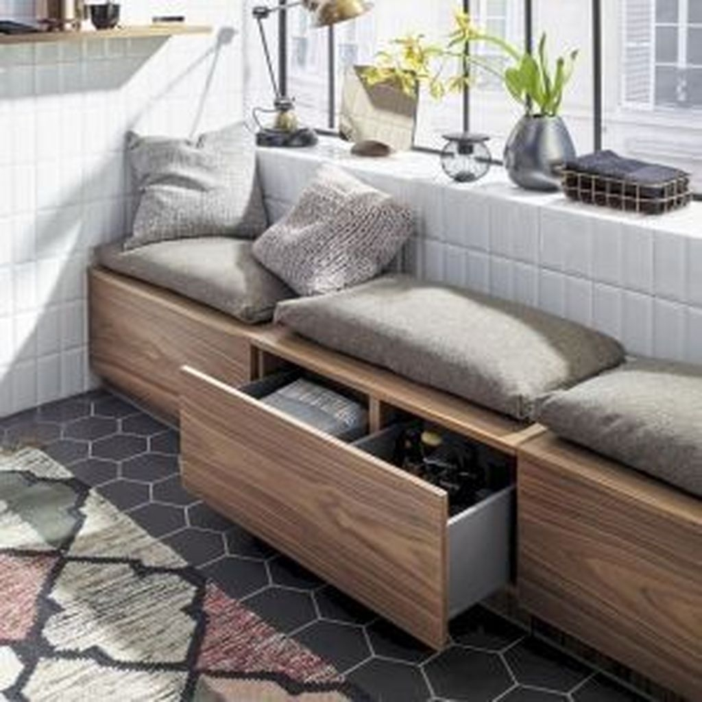 Perfect Small Apartment Decoration Ideas 23