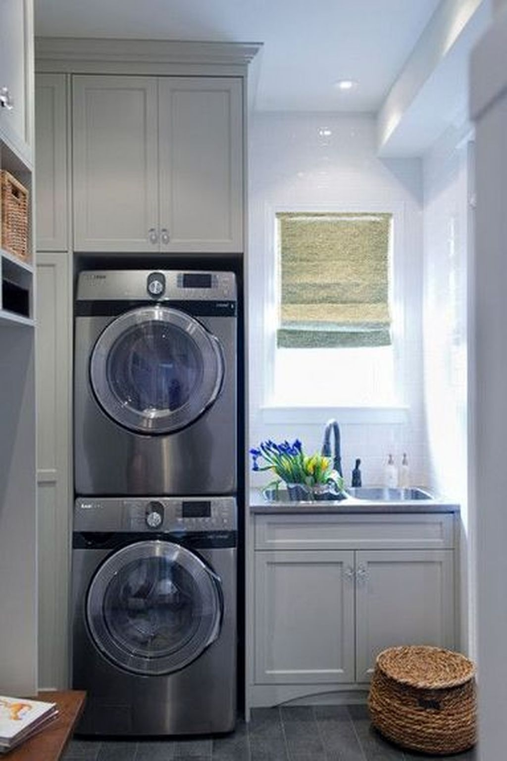 Small Laundry Room Design Ideas To Try 40