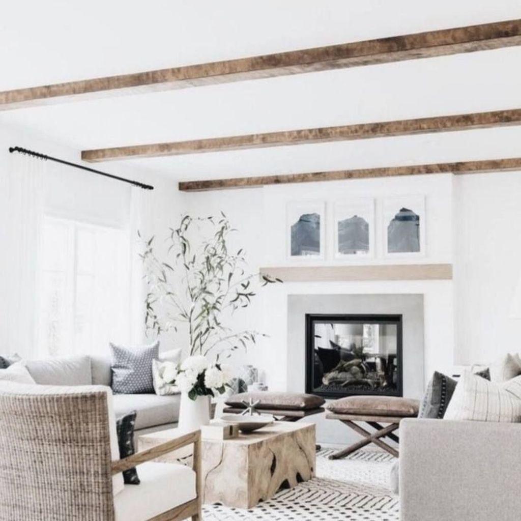 Admirable Farmhouse Living Room Decor Ideas 02