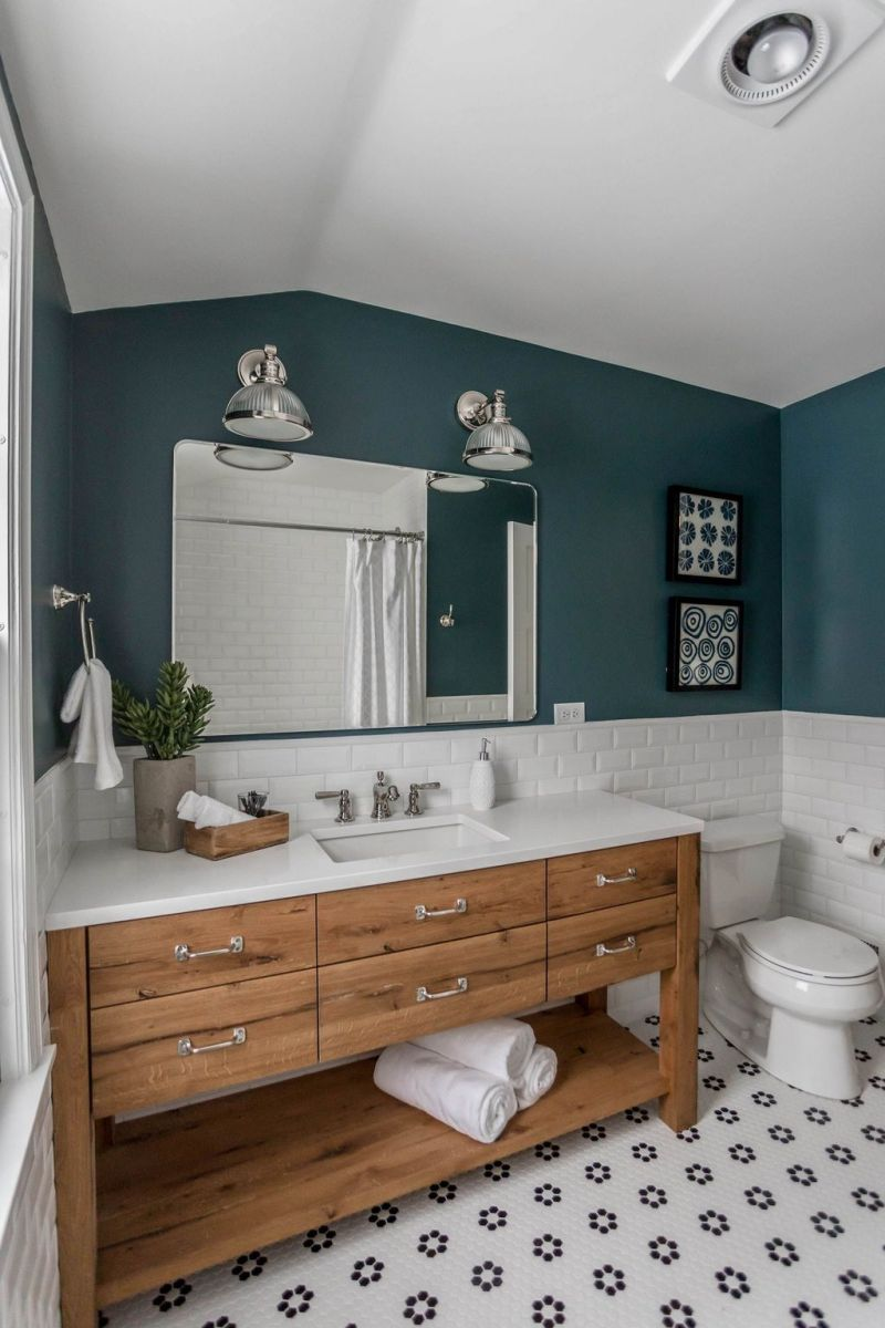 Amazing White Tile Bathroom Design Ideas Looks Elegant 16
