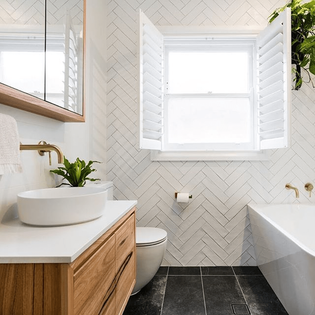 Amazing White Tile Bathroom Design Ideas Looks Elegant 20