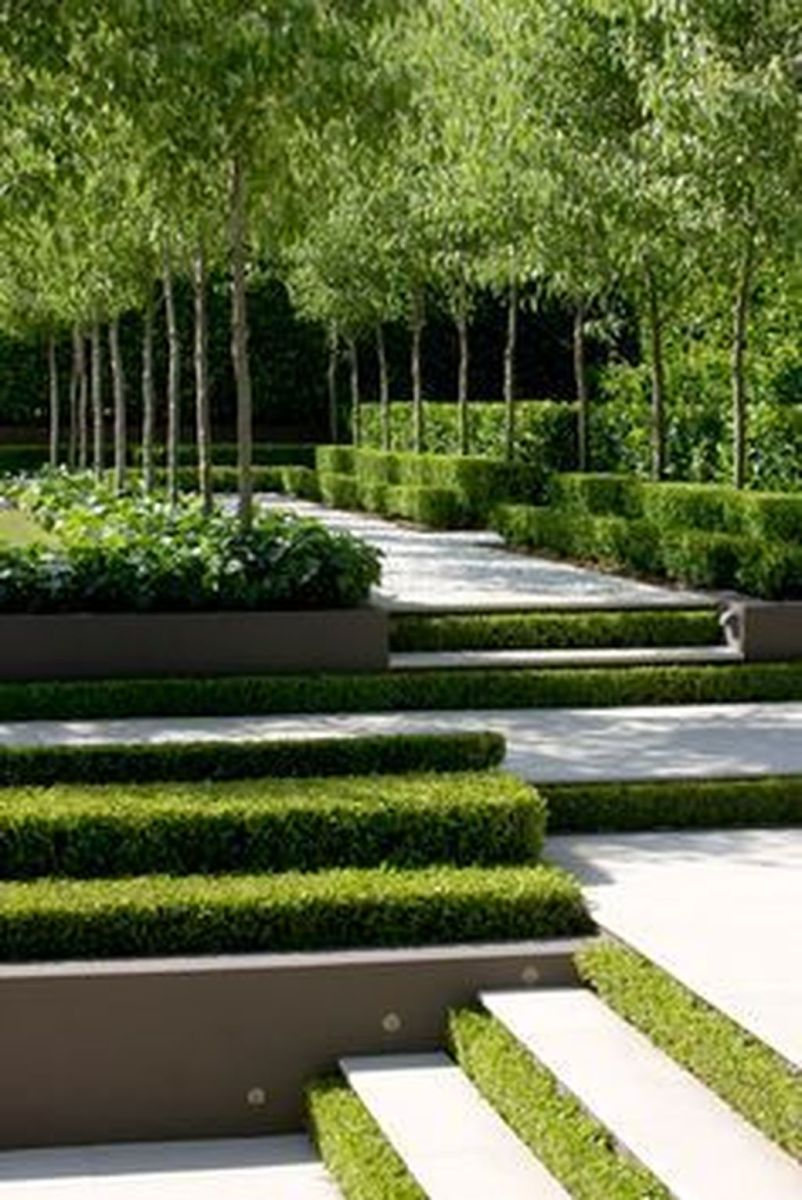 Beautiful Formal Garden Design Ideas 05
