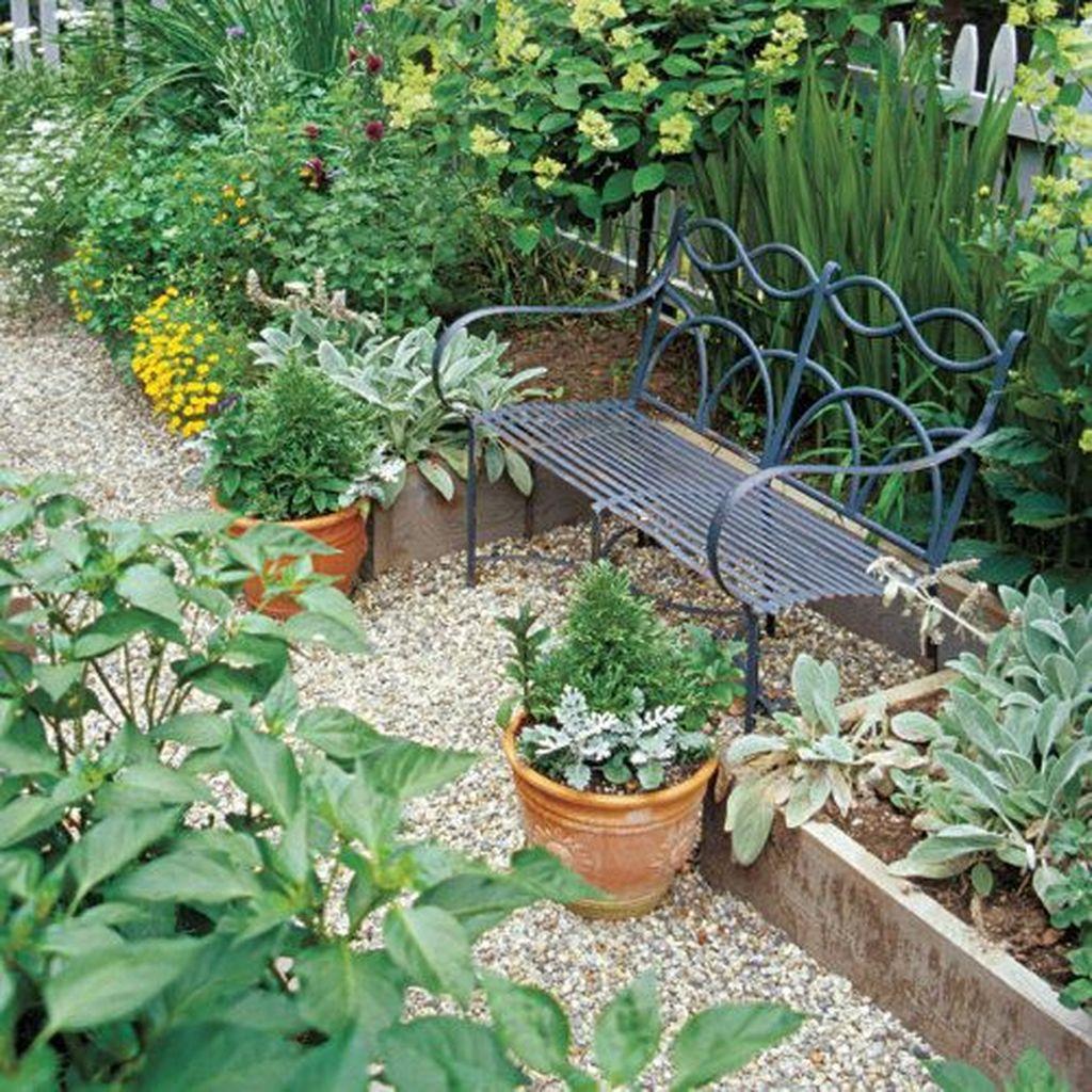 Beautiful Formal Garden Design Ideas 15