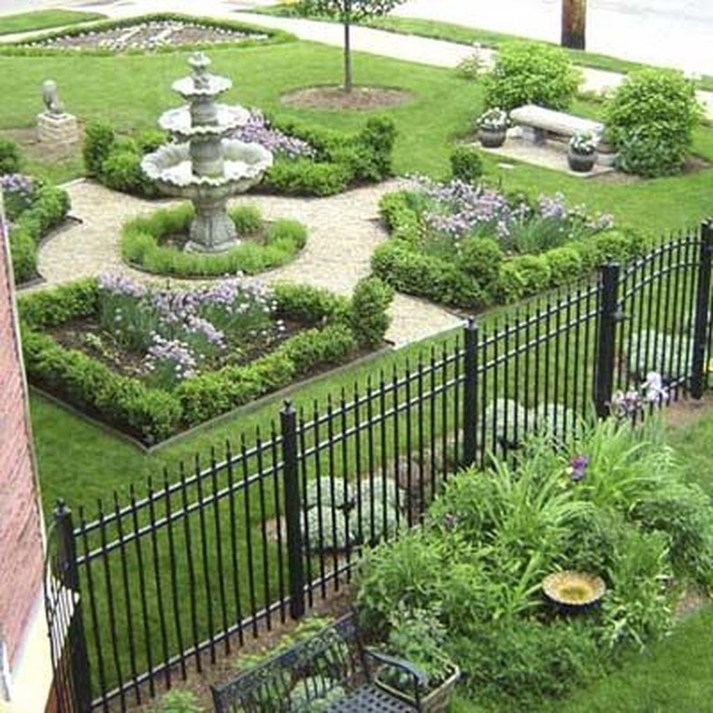 Beautiful Formal Garden Design Ideas 32