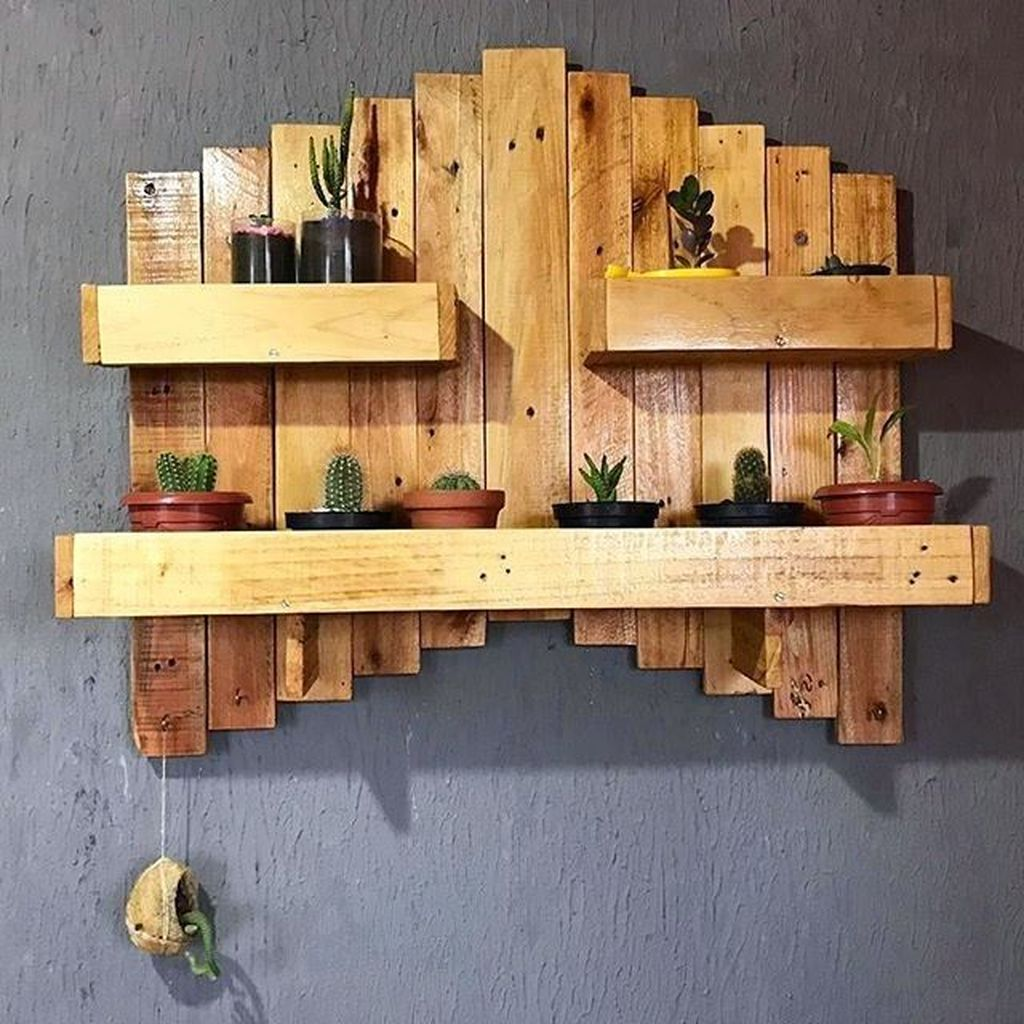 Fabulous Pallet Wall Decor Ideas To Beautify Your Interior 06