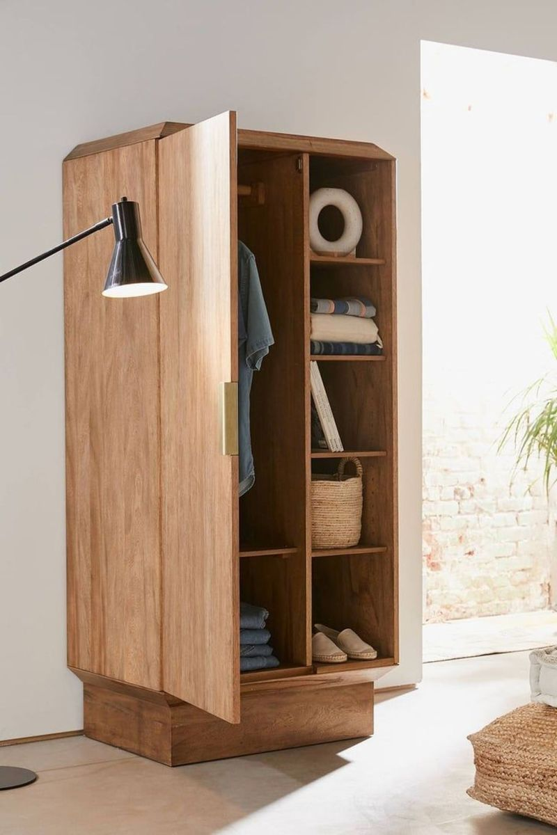 Fascinating Small Living Room Cabinet Design Ideas 02