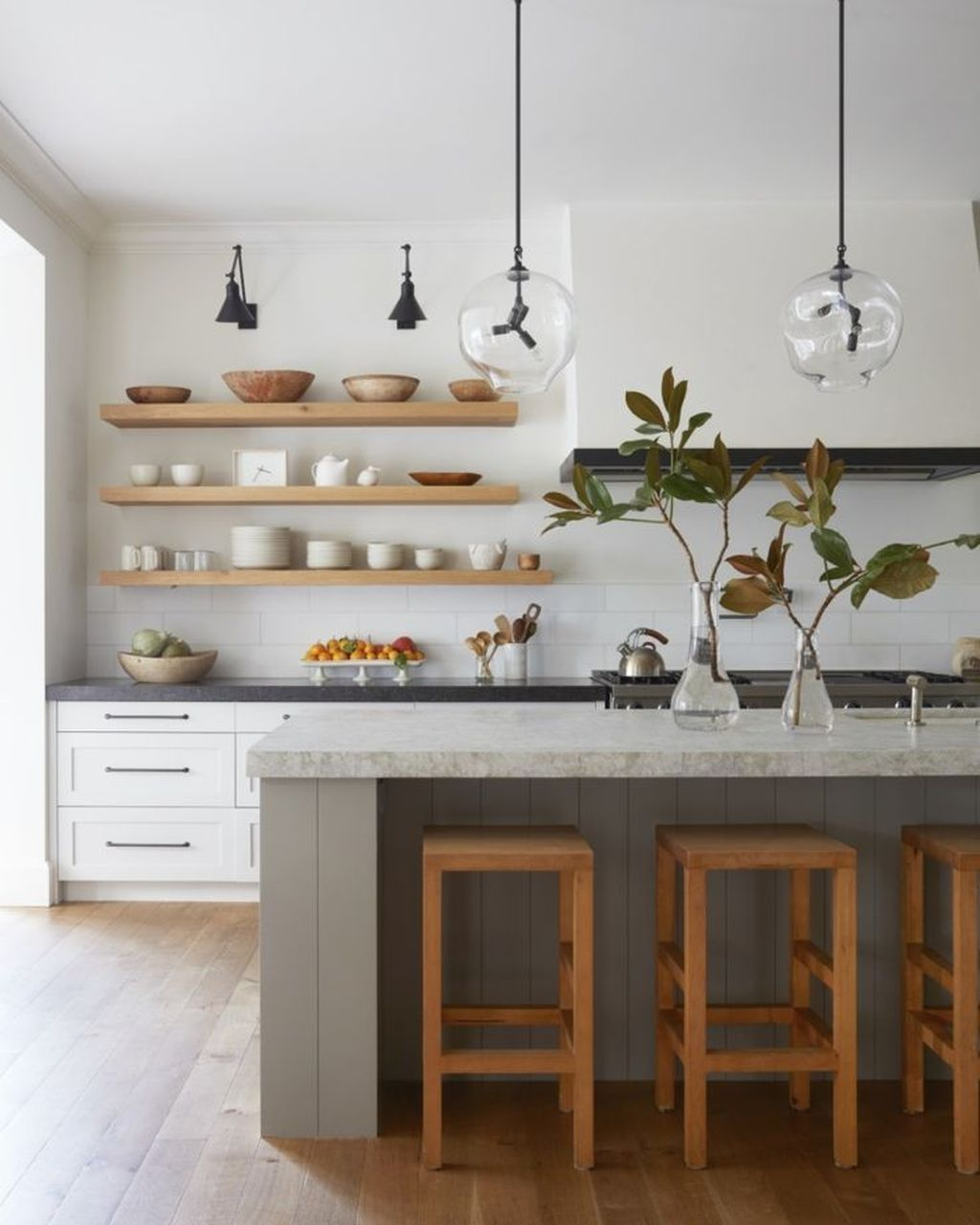 Gorgeous Kitchen Shelves Ideas You Must Have 32