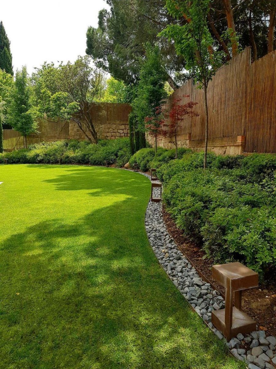 Lovely Home Garden Ideas That You Must Have 07