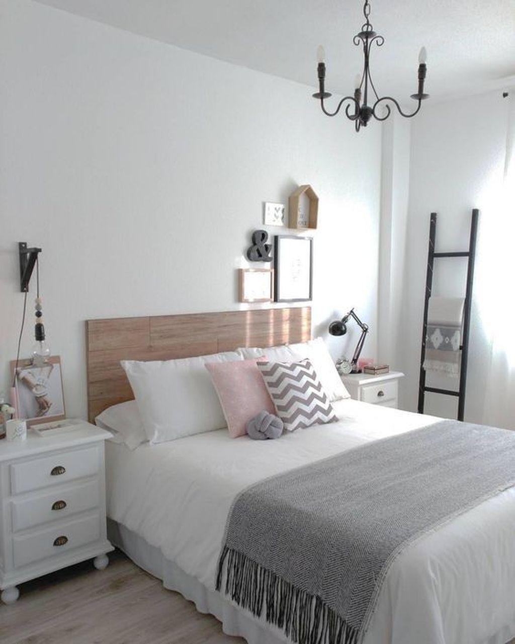 Lovely Rustic Bedroom Design Ideas 09