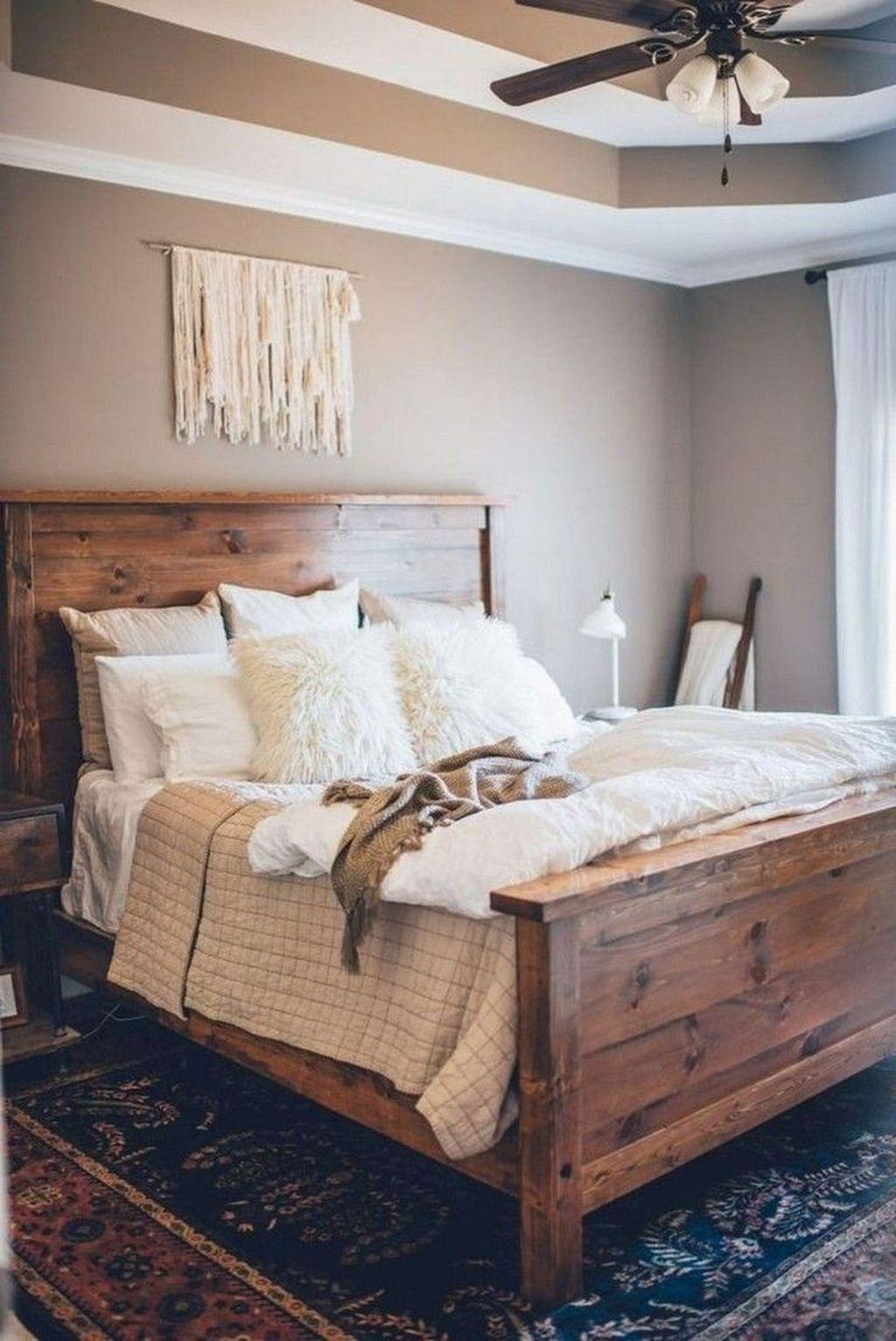 Lovely Rustic Bedroom Design Ideas 24