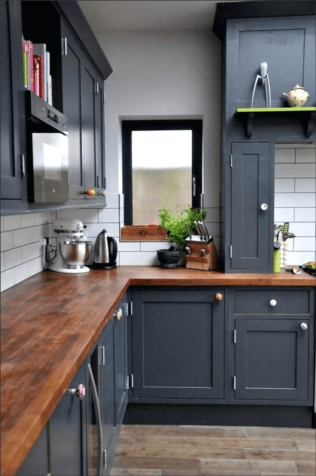 Nice Dark Blue Kitchen Cabinets With Luxurious Accent 09