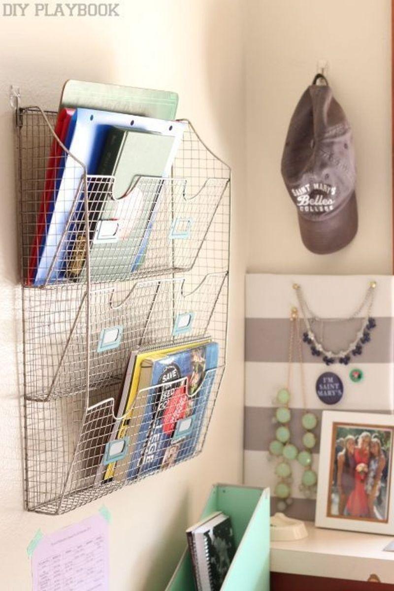Nice Simple Dorm Room Decor You Should Copy 12