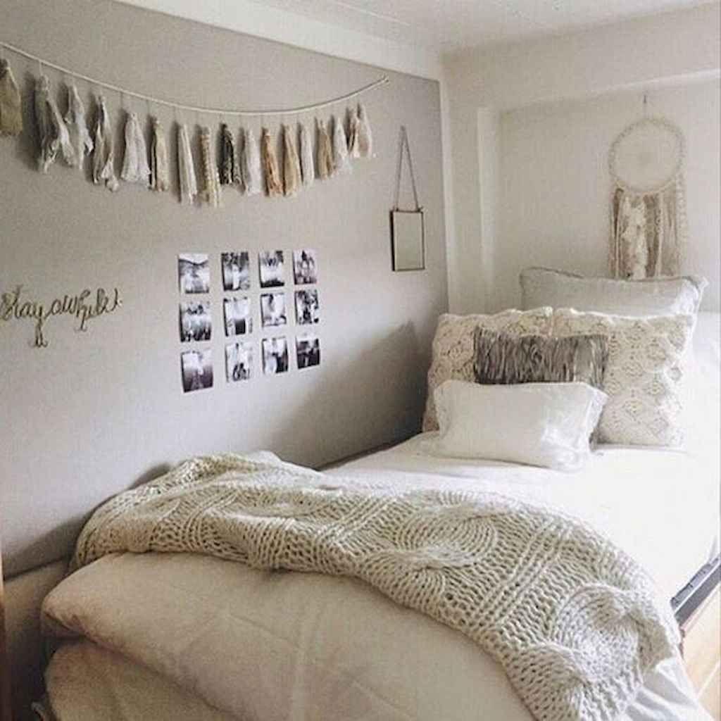 Nice Simple Dorm Room Decor You Should Copy 21