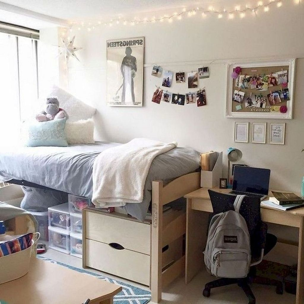 Nice Simple Dorm Room Decor You Should Copy 25