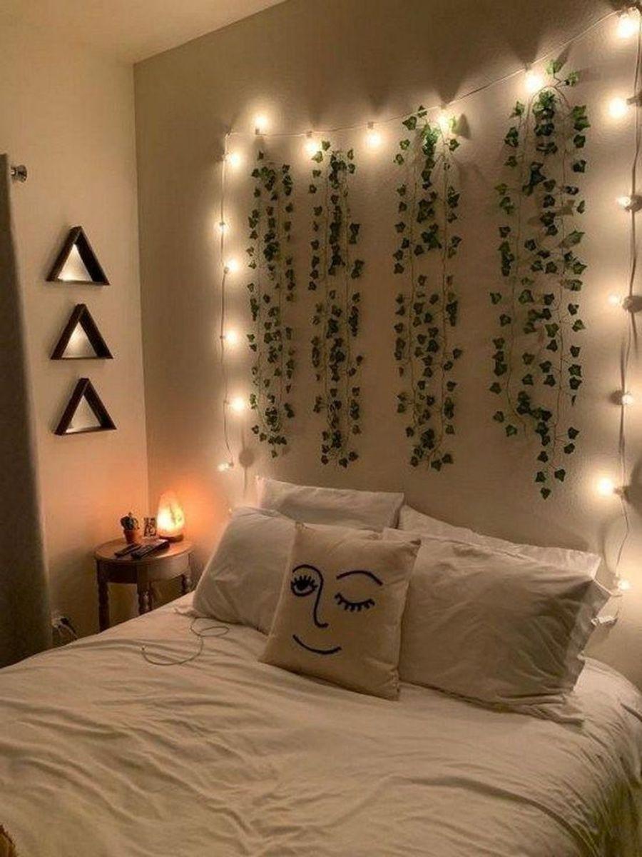 Nice Simple Dorm Room Decor You Should Copy 30