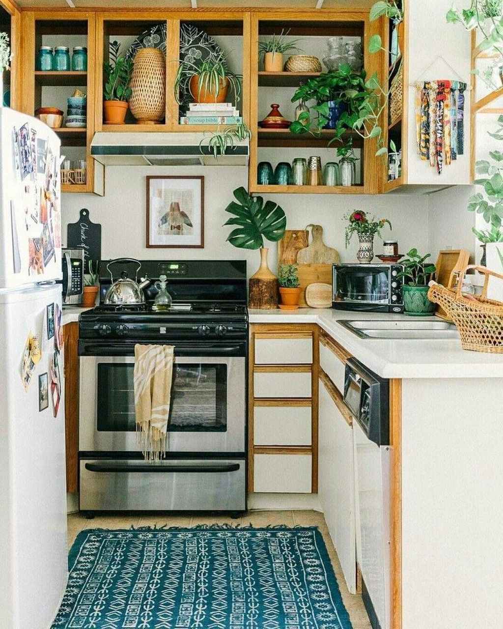 Popular Simple Kitchen Decor Ideas You Should Try 13