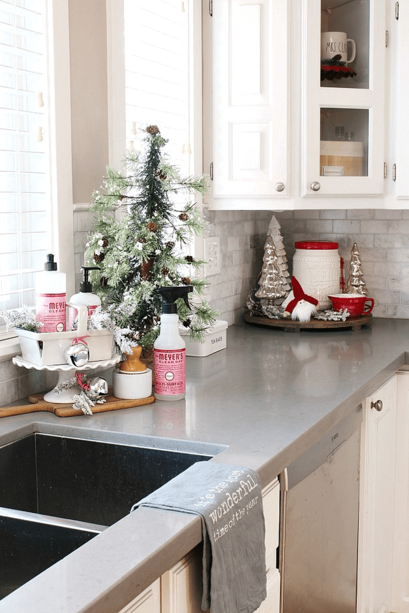 Popular Simple Kitchen Decor Ideas You Should Try 26