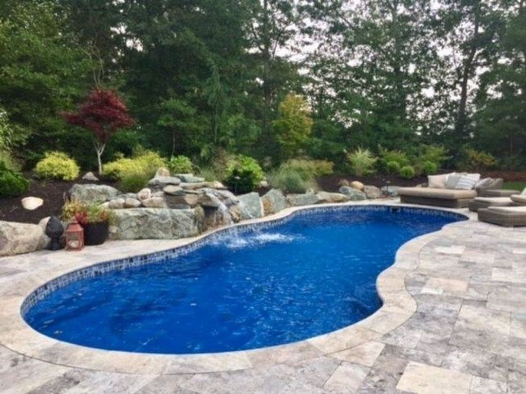 Stunning Backyard Pool Landscaping Ideas 18