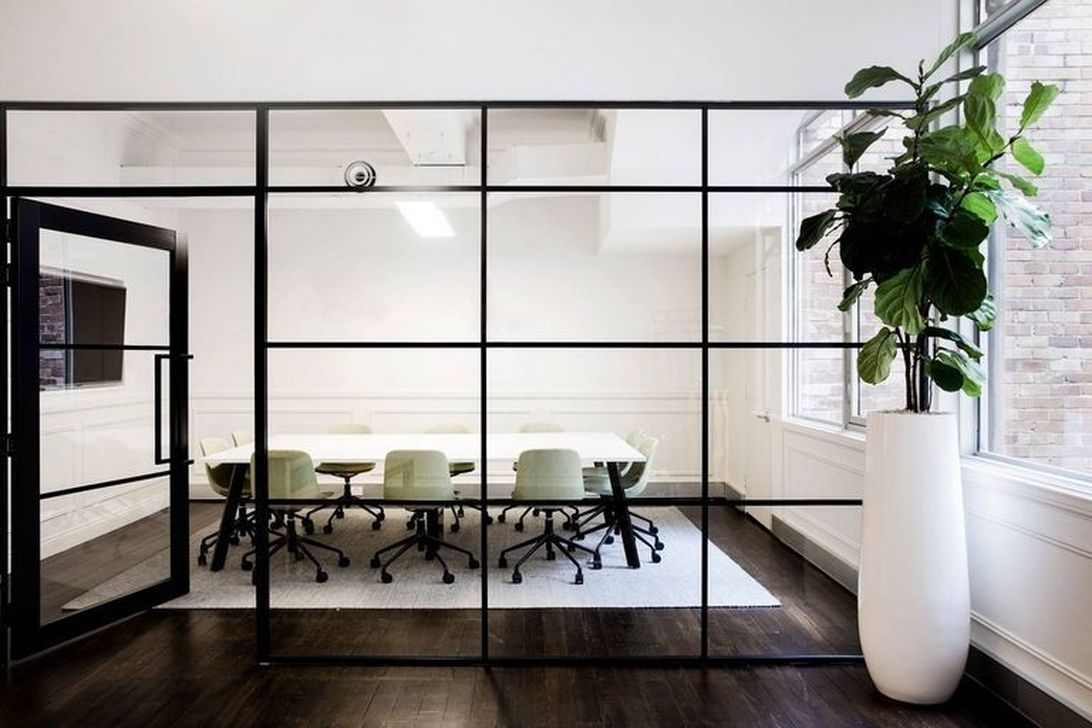 Stunning Contemporary Office Design Ideas 32