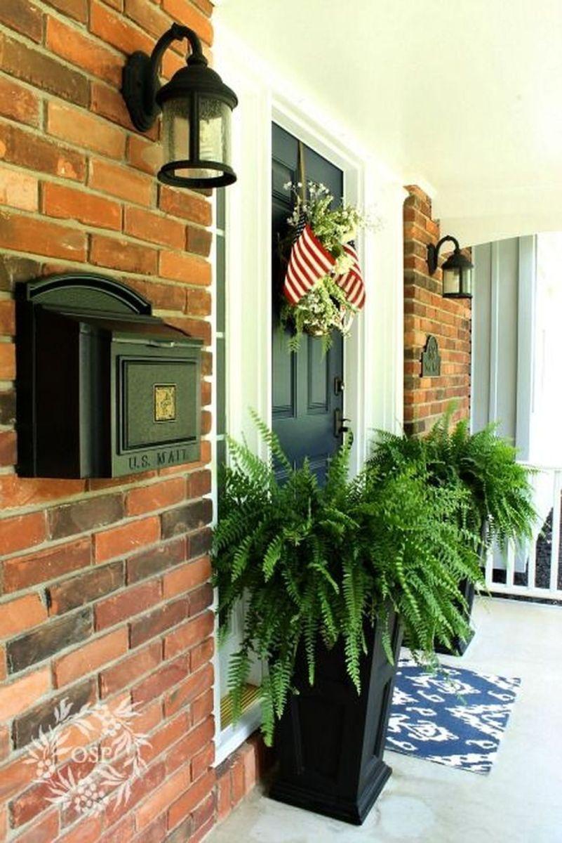 Beautiful Summer Planters Ideas For Front Door Decor 09