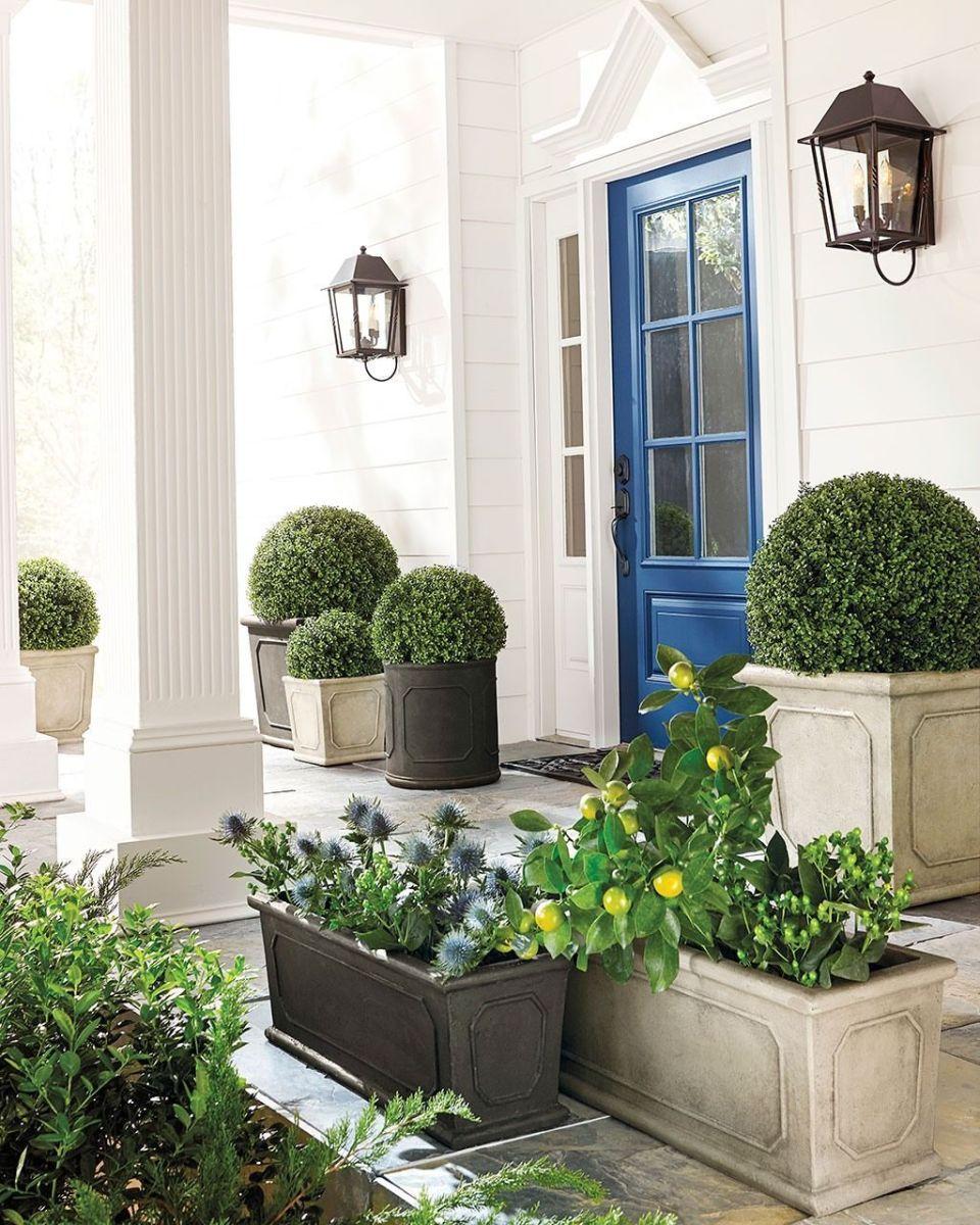 Beautiful Summer Planters Ideas For Front Door Decor 10 1