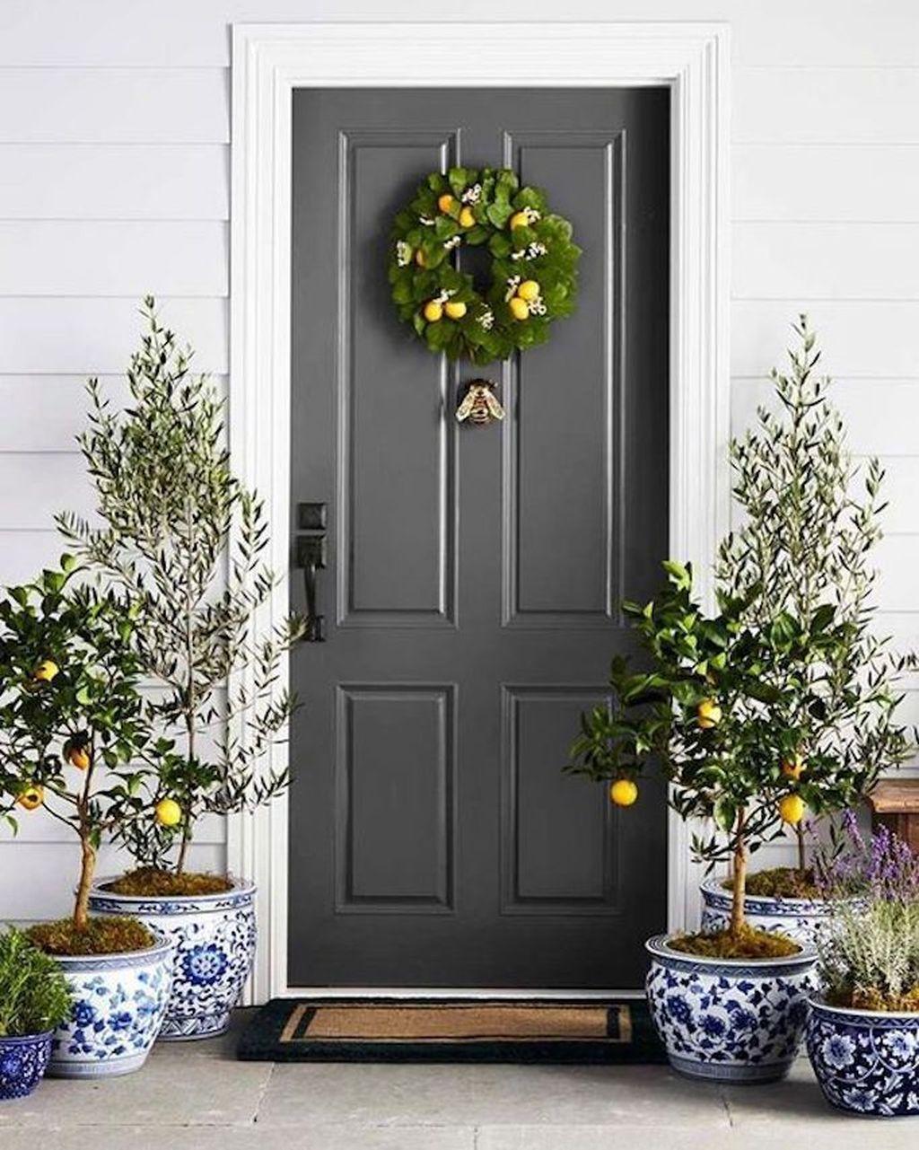 Beautiful Summer Planters Ideas For Front Door Decor 25
