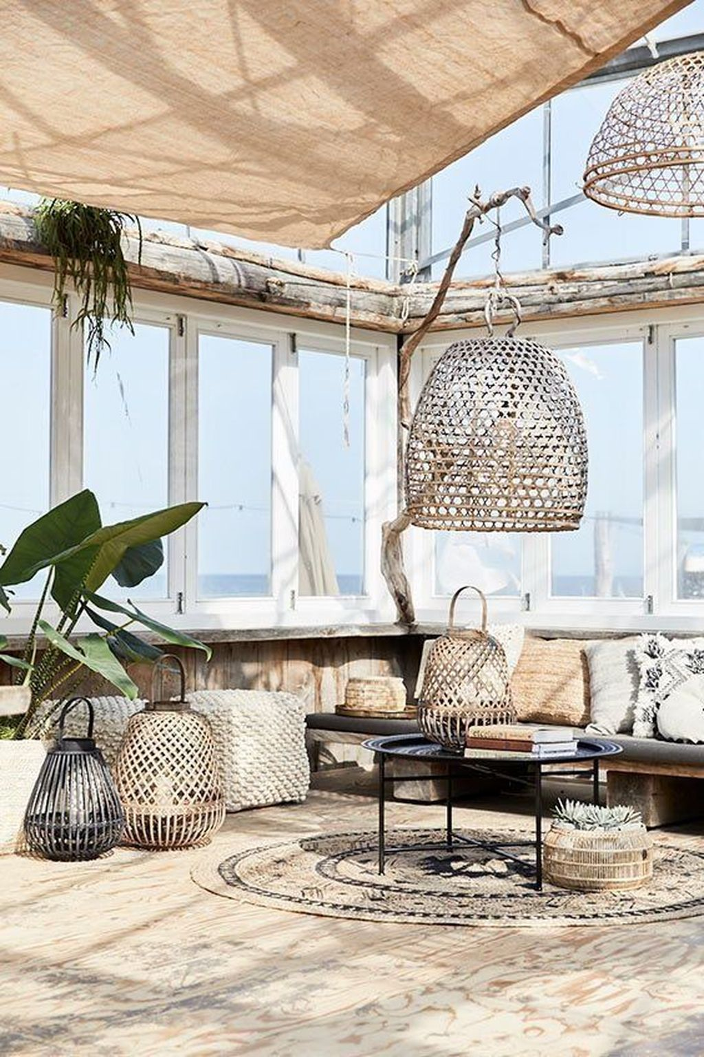 Best Summer Interior Design Ideas To Beautify Your Home 37