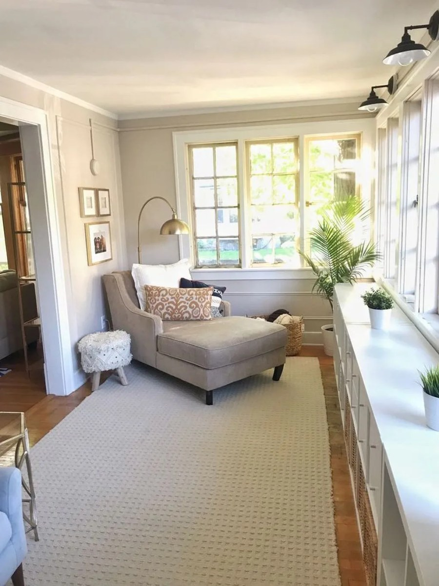 Charming Small Sunroom Decorating Ideas You Must Try 31