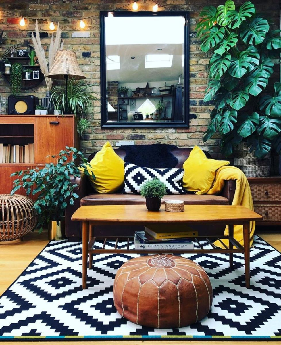 Charming Yellow Interior Design Ideas Best For Summer 22