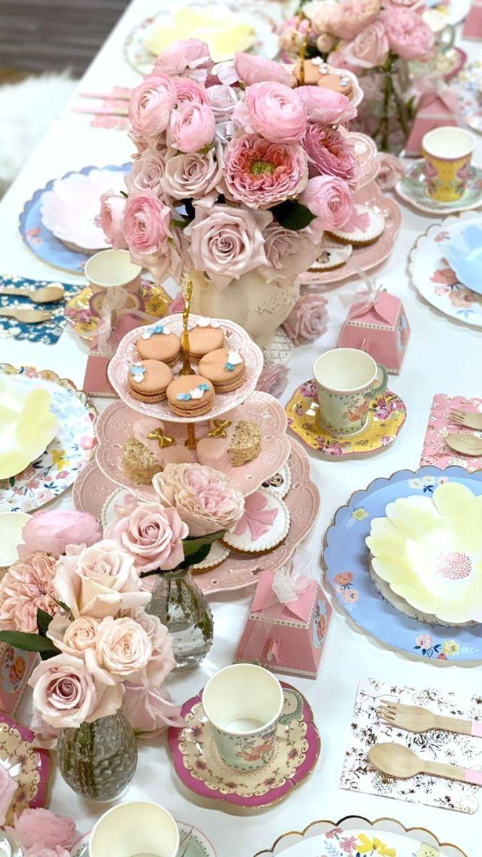 Fabulous Floral Theme Party Decor Ideas Best For Summertime 14