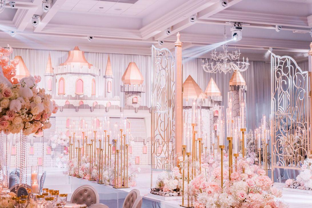 Fabulous Floral Theme Party Decor Ideas Best For Summertime 31