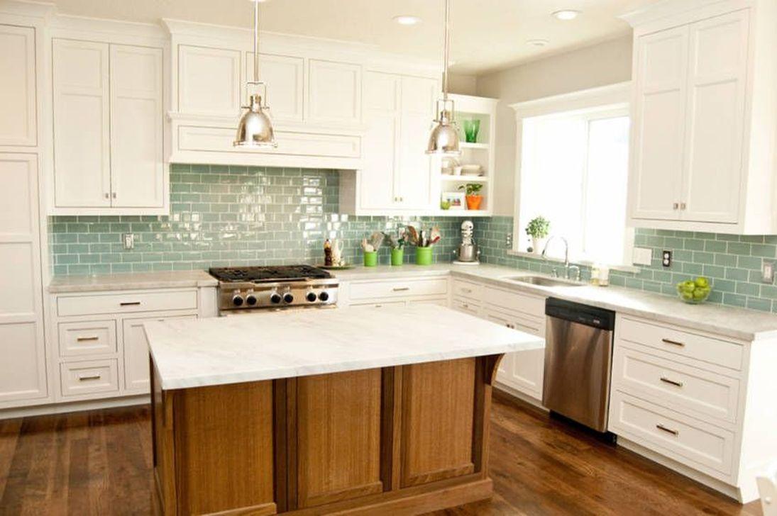 Fabulous Summer Kitchen Backsplash Ideas 29