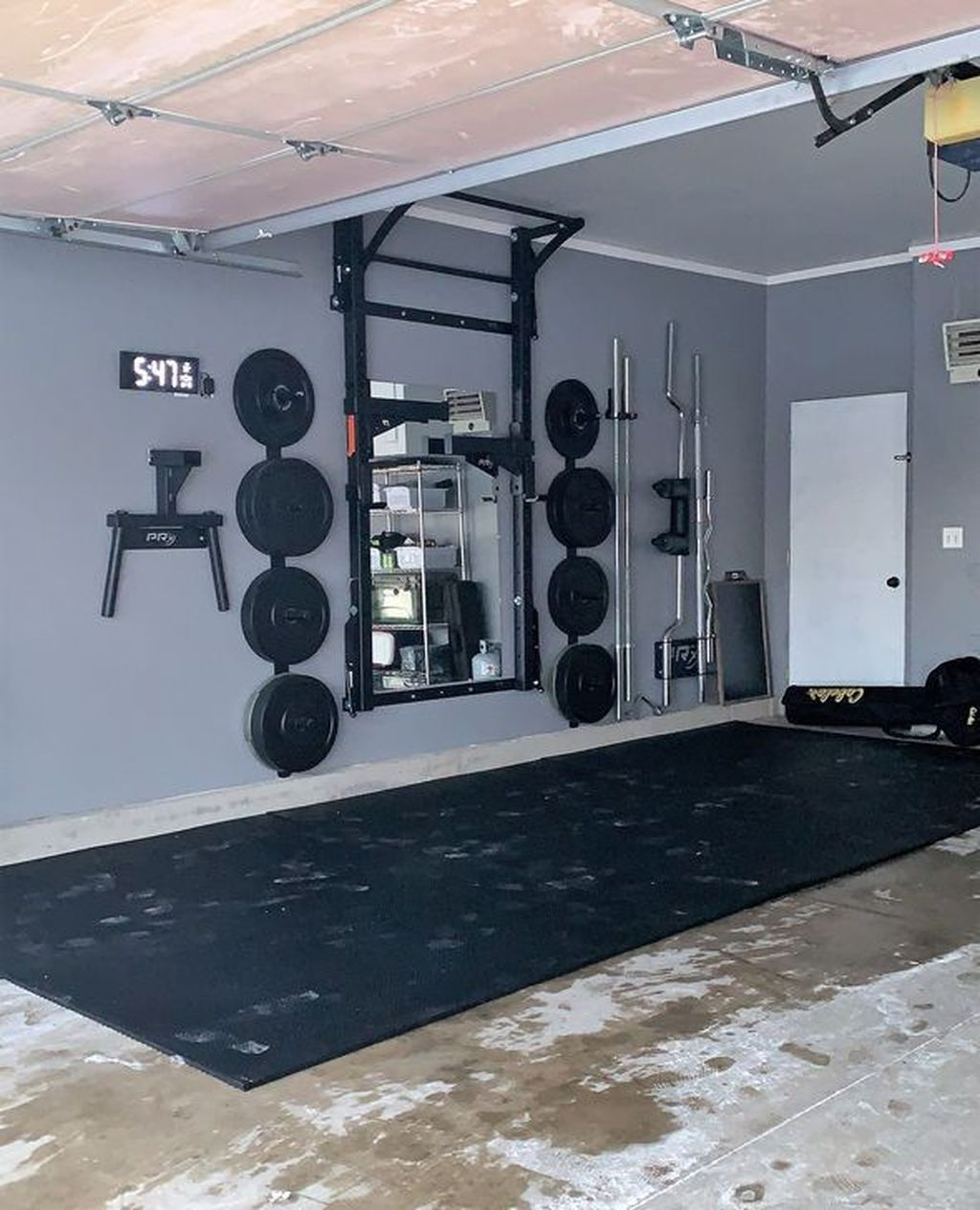 Gorgeous Home Gym Design Ideas Keep You Healthy 24