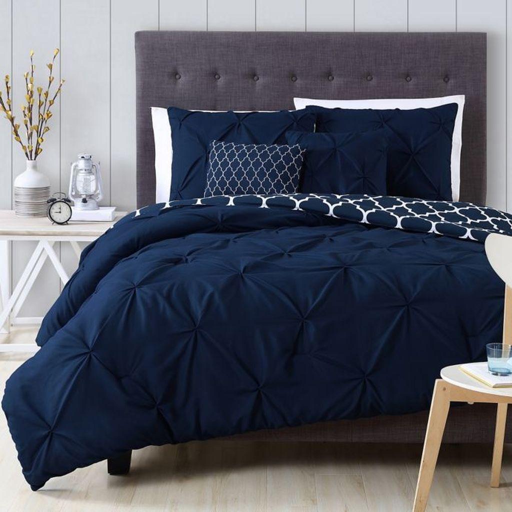 Inspiring Navy Blue Bedroom Decor Ideas You Should Copy 19