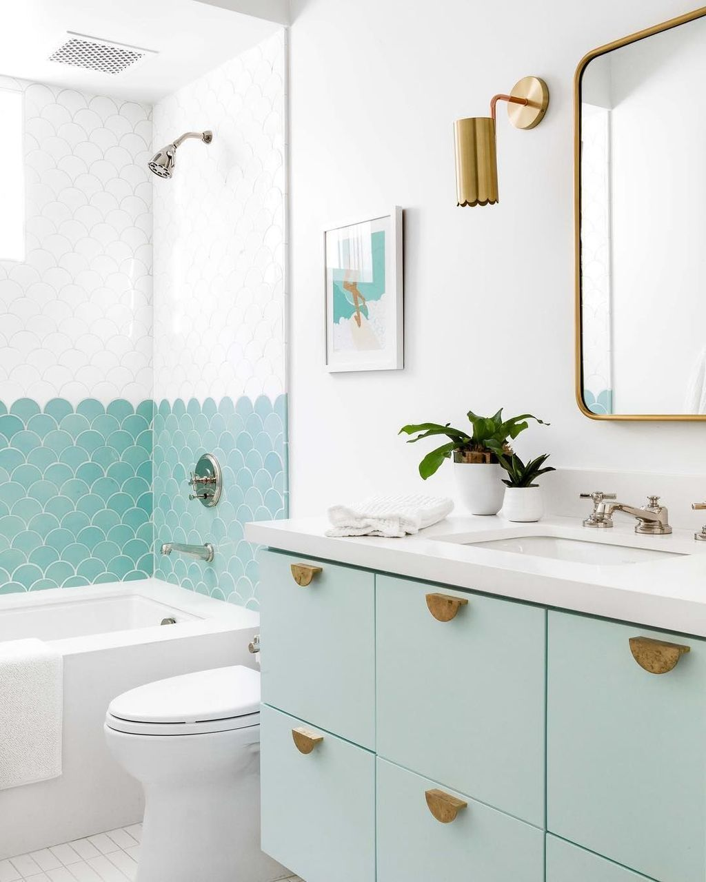 Nice Blue Color Bathroom Decor Ideas 01