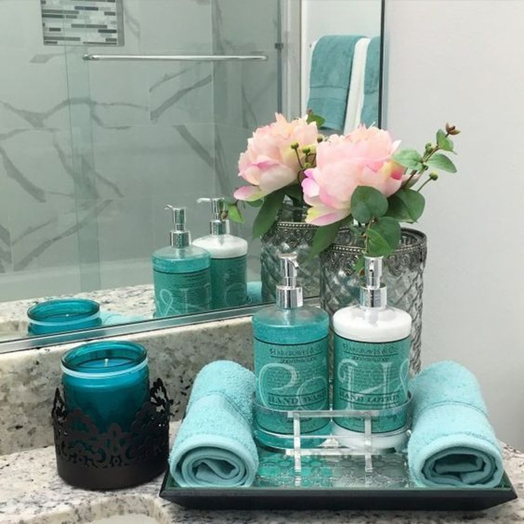 Nice Blue Color Bathroom Decor Ideas 14