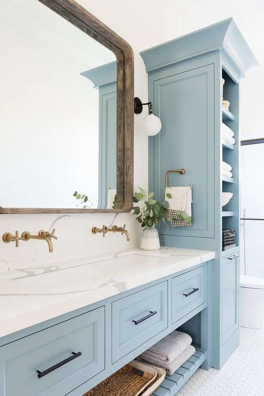 Nice Blue Color Bathroom Decor Ideas 30