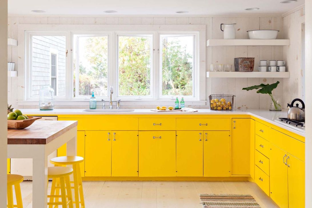 Nice Yellow Kitchen Decor Ideas For This Summer 04