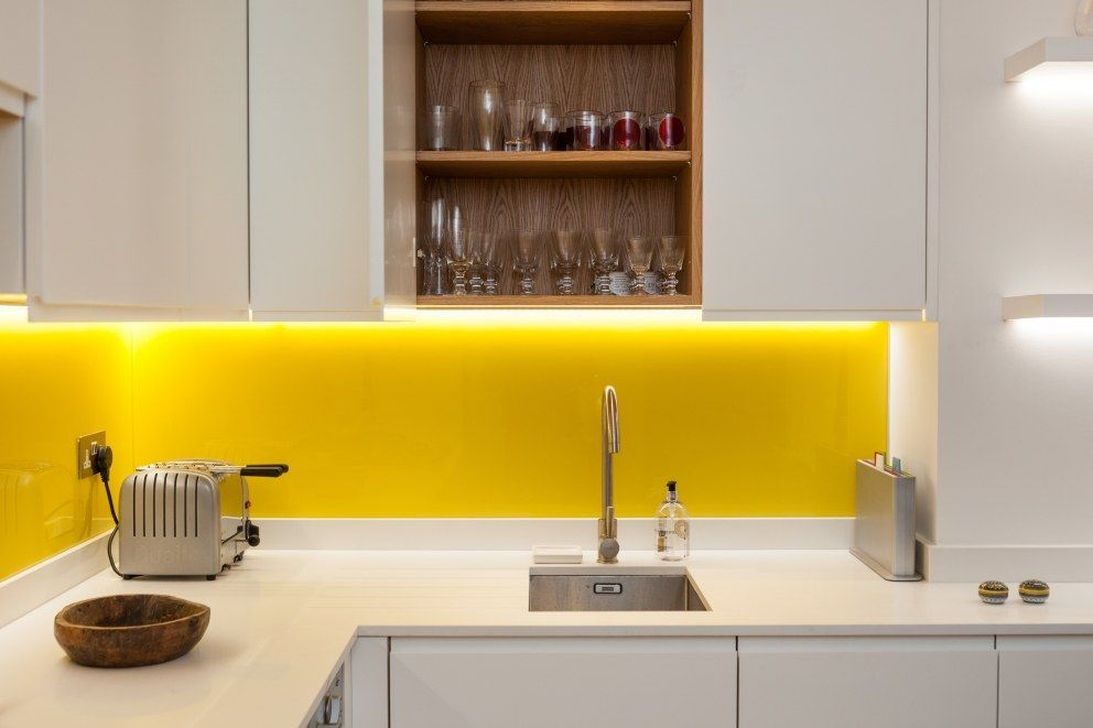 Nice Yellow Kitchen Decor Ideas For This Summer 12