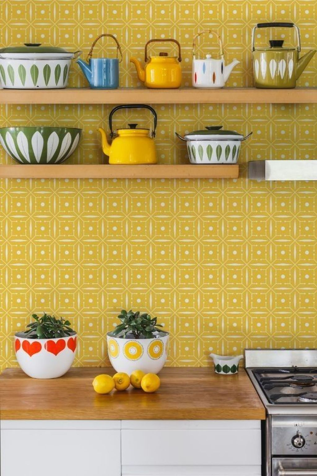 Nice Yellow Kitchen Decor Ideas For This Summer 22
