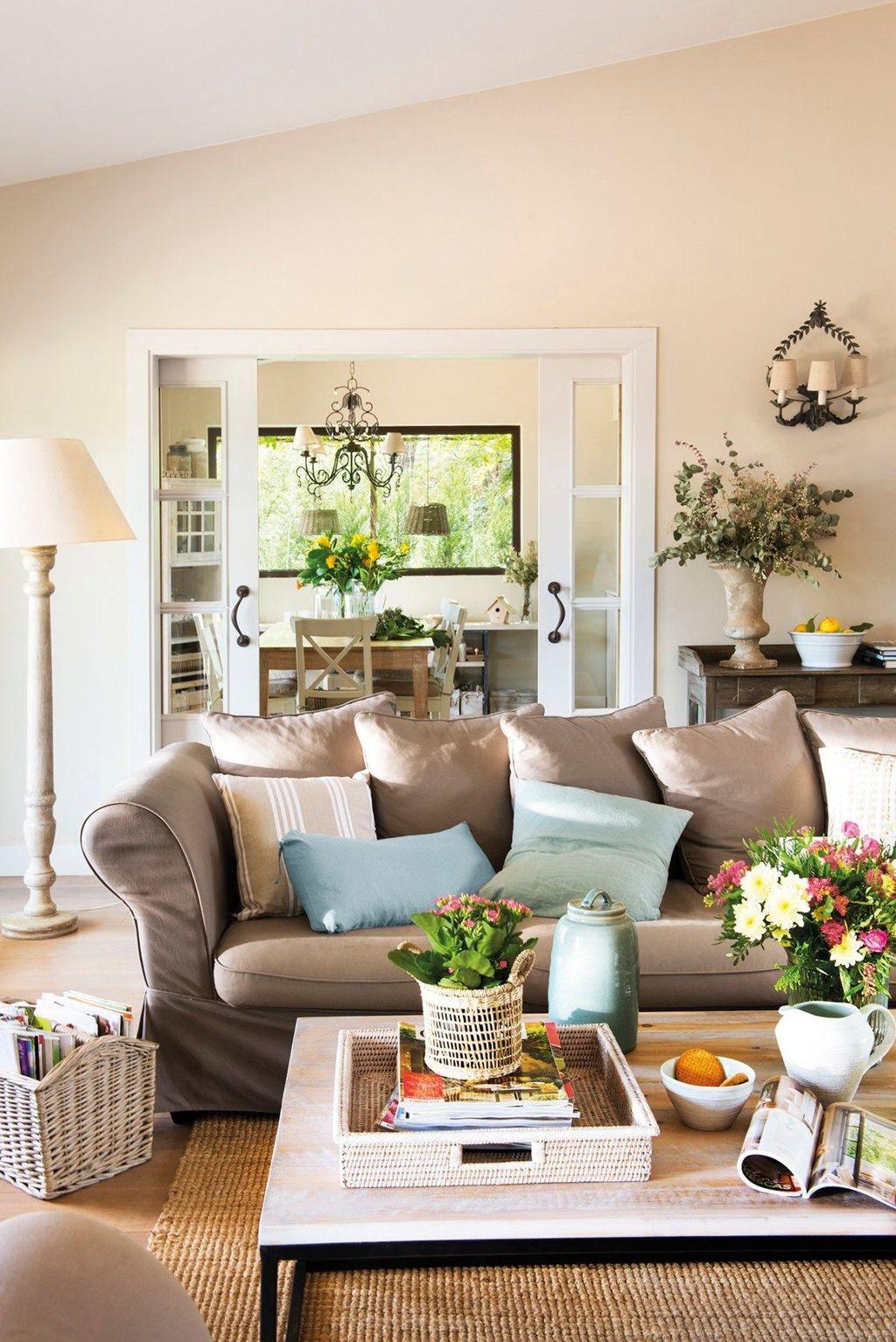 Popular Spring Living Room Decor Ideas 05