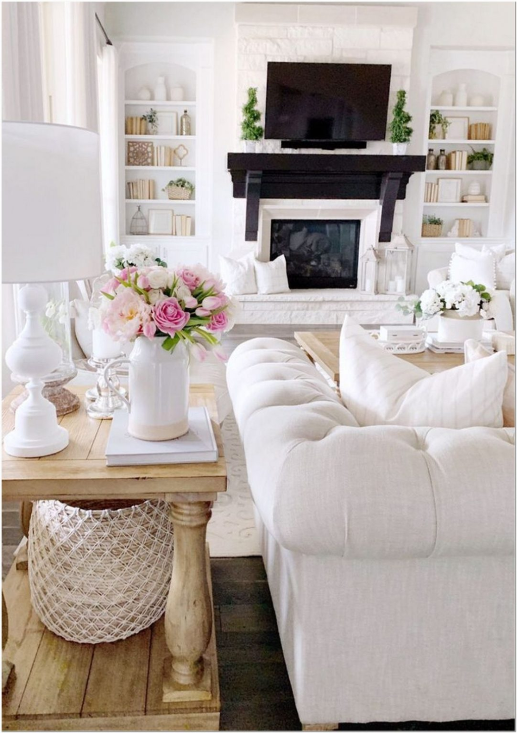 Popular Spring Living Room Decor Ideas 09