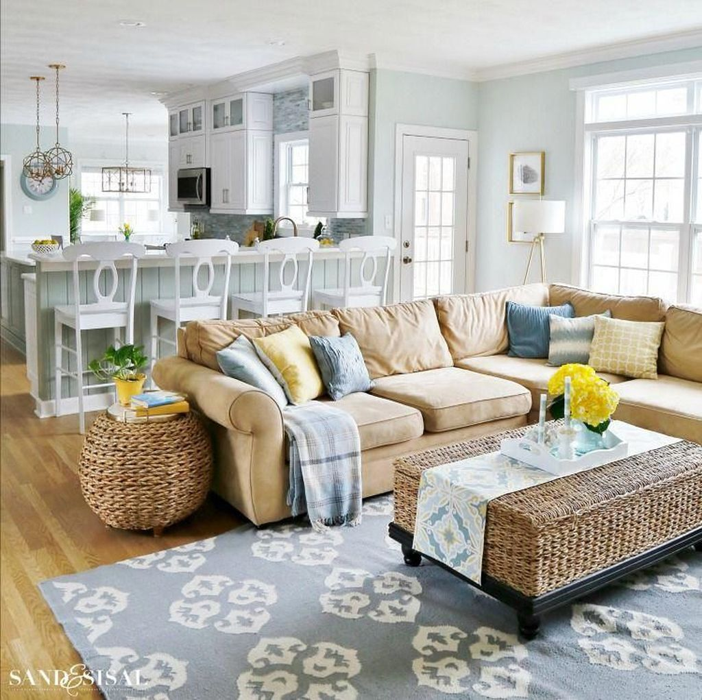 Popular Spring Living Room Decor Ideas 30