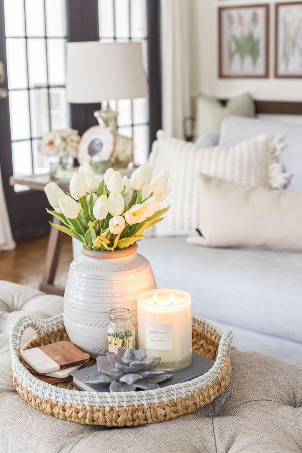 Popular Spring Living Room Decor Ideas 31