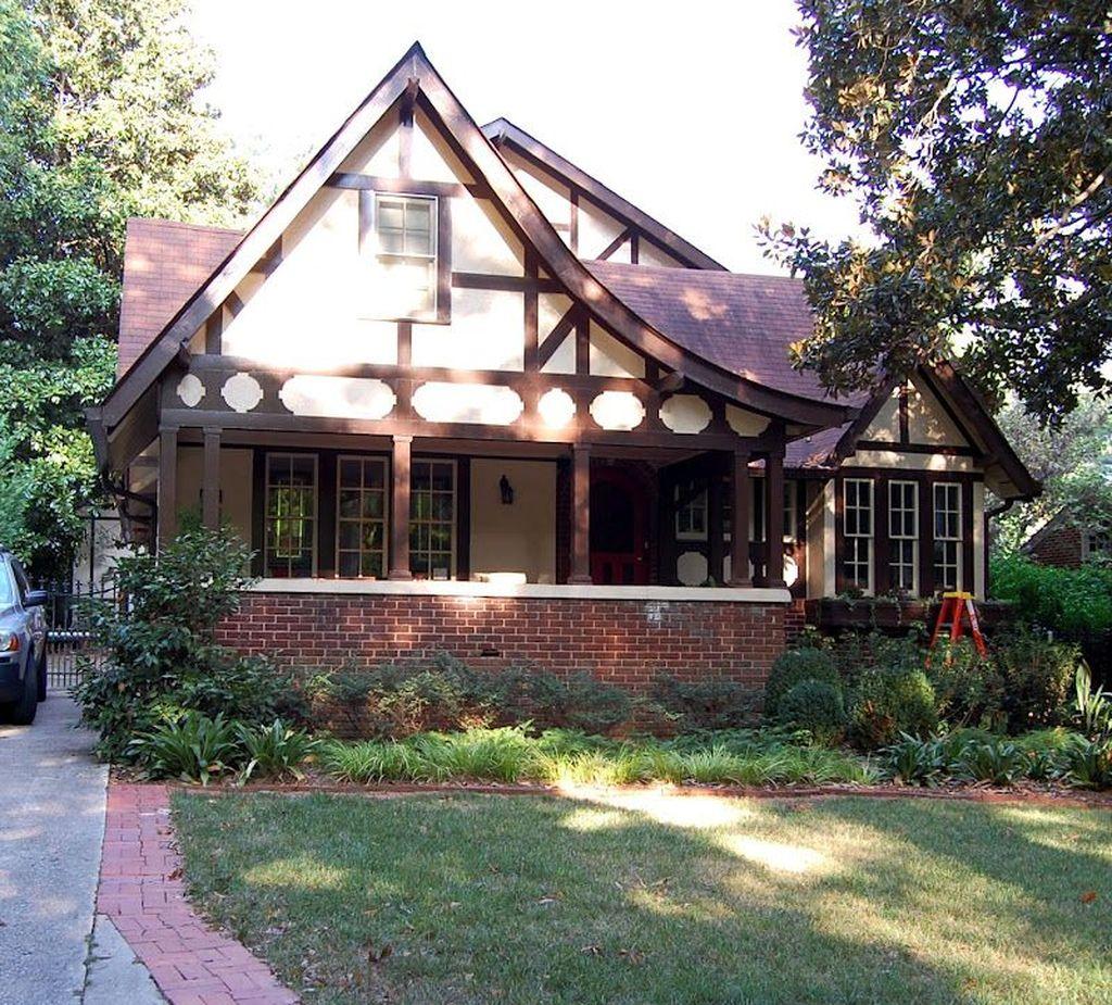 Stunning Summer House Colors Exterior Ideas 19