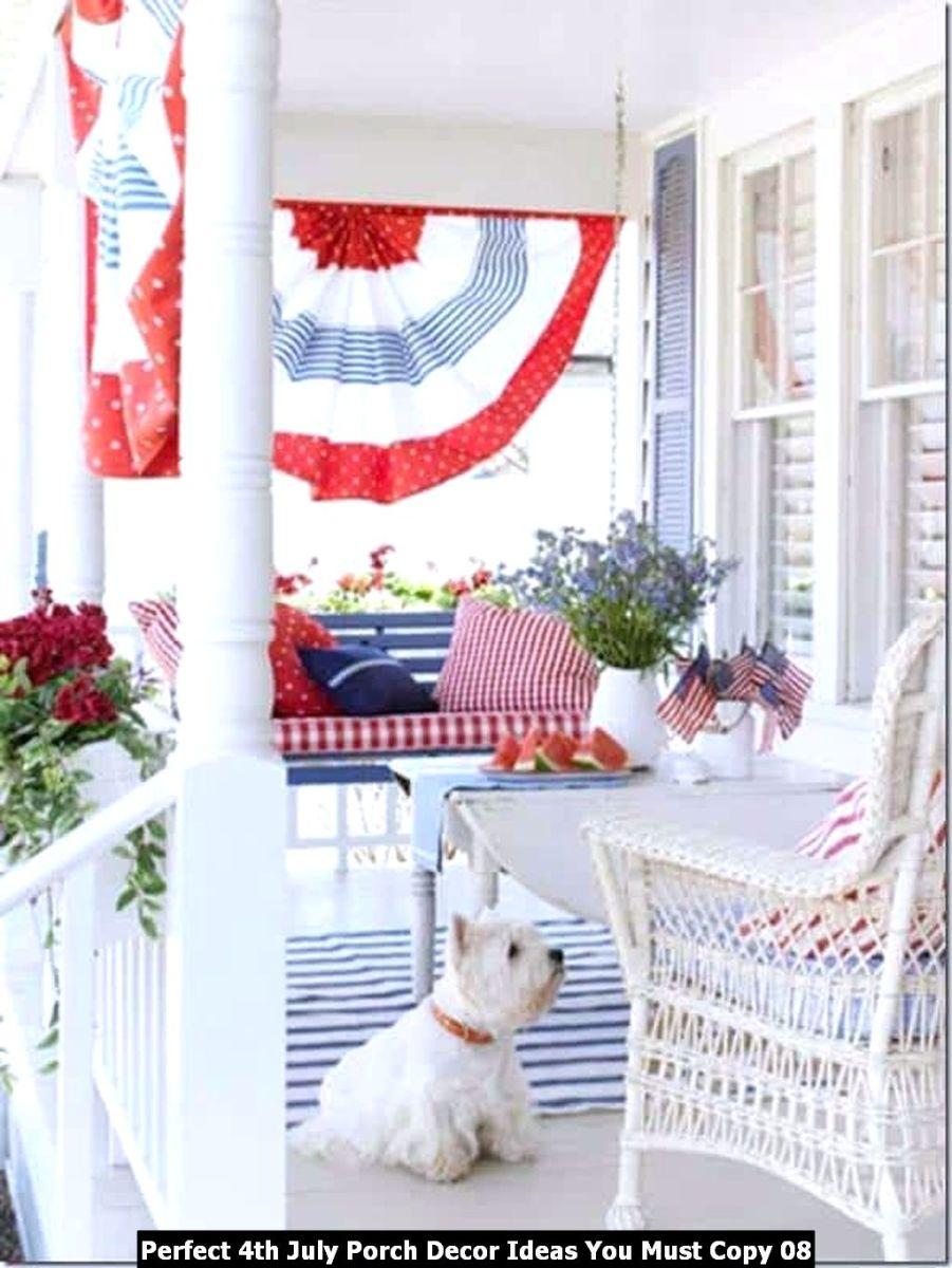 Perfect 4th July Porch Decor Ideas You Must Copy 08