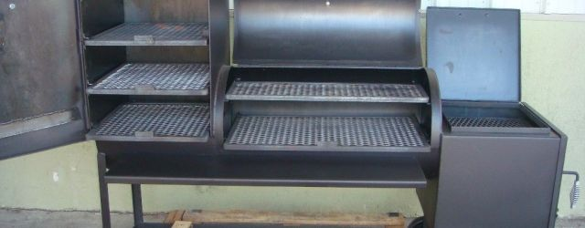 Outdoor Grills With Smoker